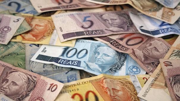 Pesquisa da TNS revela que 64% dos brasileiros preferem pagar à vista os presentes de Natal