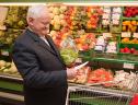 Gasto em supermercado consome 26% da renda das pessoas da terceira idade