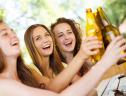 Cervejas e bancos precisam melhorar a comunicação com as brasileiras
